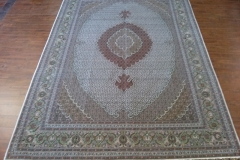 7x10 Handmade Persian Tabriz Mahi area rug