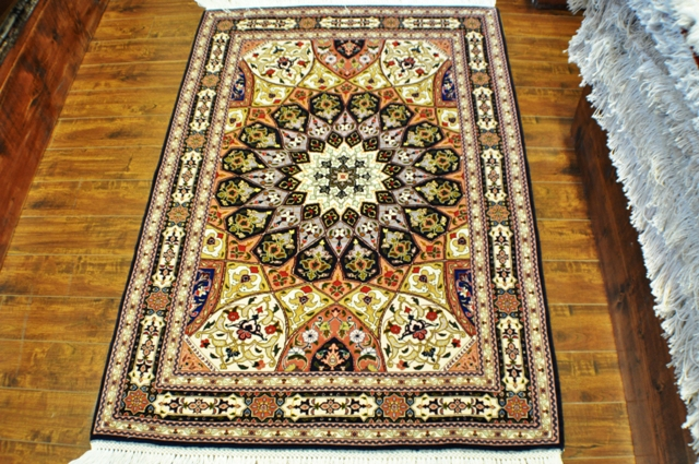 Tabriz Gonbad ( Dome ) 3x5 Silk and wool handmade Persian rug