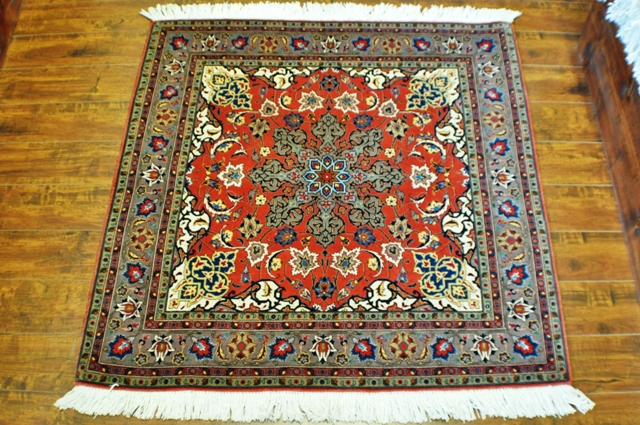 Tabriz 3x3 Silk and wool handmade Persian rug
