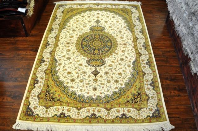 Qum 3x5 100% Silk rug