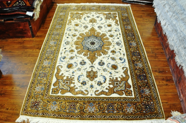 Isfahan 7x5 100% Silk rug