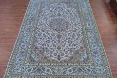 7x10 Handmade Persian Kashan area rug