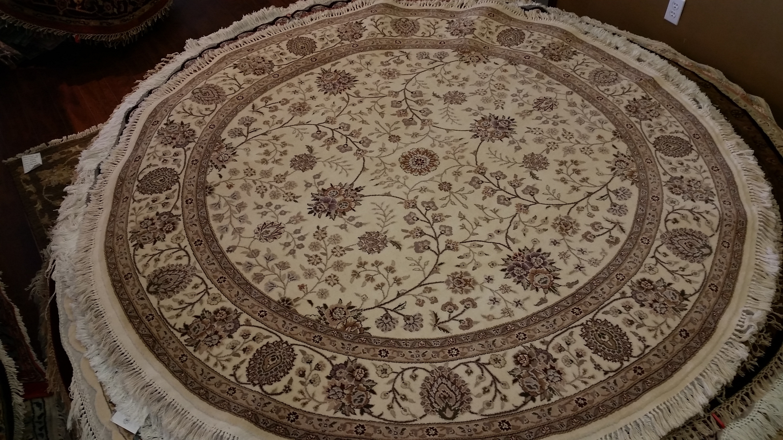 Round Persian Carpets Persian Amp Oriental Rugs Store In